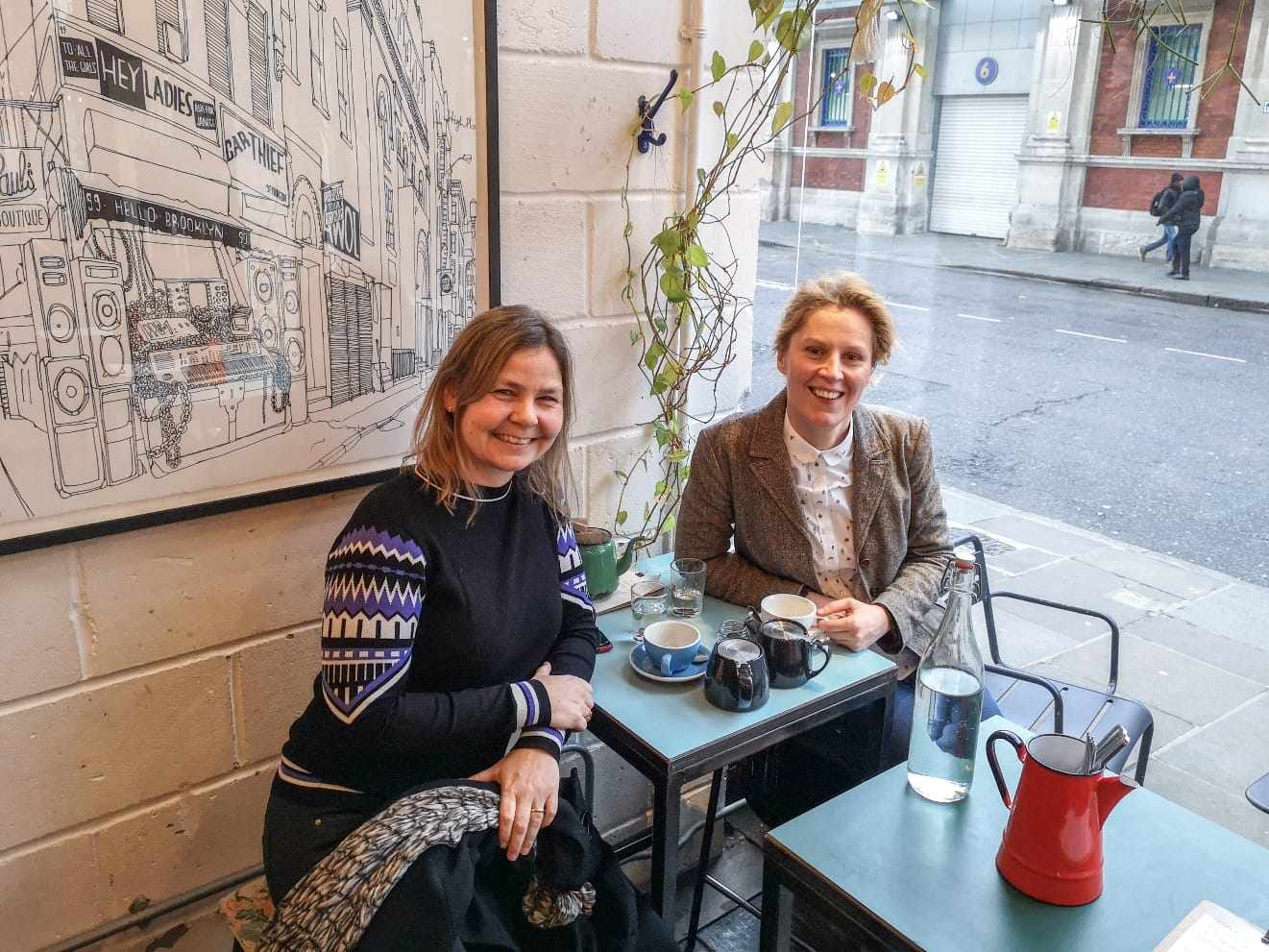 Actor and writer Kate Willoughby, who heads up New Europeans campaigns, shares a cuppa with Danish UK/Ireland correspondent Mette Rodgers to discuss what went wrong with the remain campaign and the way forward.