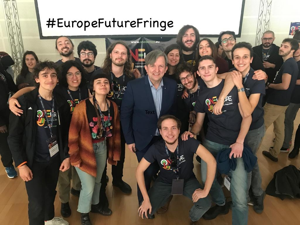 Team from ACMOS.net with Roger Casale at launch of ONEurope in Scandicci, Italy - #EuropeFutureFringe