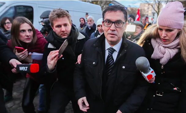 Carlos Puigdemont's lawyer arrives at the prison where the Catalan leader is being held