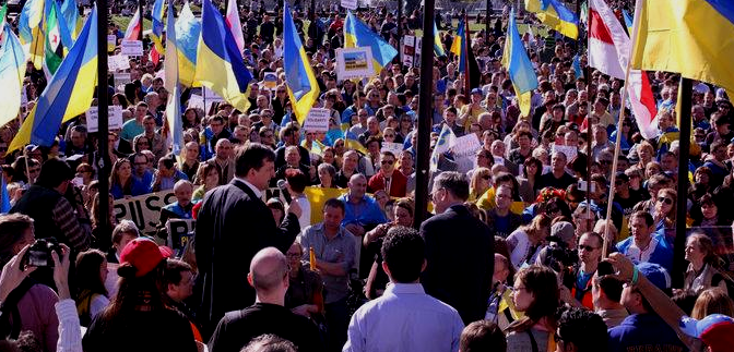 Roger Casale addressing pro-democracy rally for Ukraine, Marble Arch, London, August, 2014