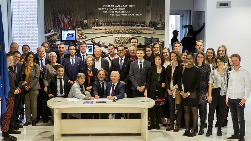 Students from all over Europe joined with representatives from civil society to mark the 25th anniversary of the Maastricht Treaty coming into effect.