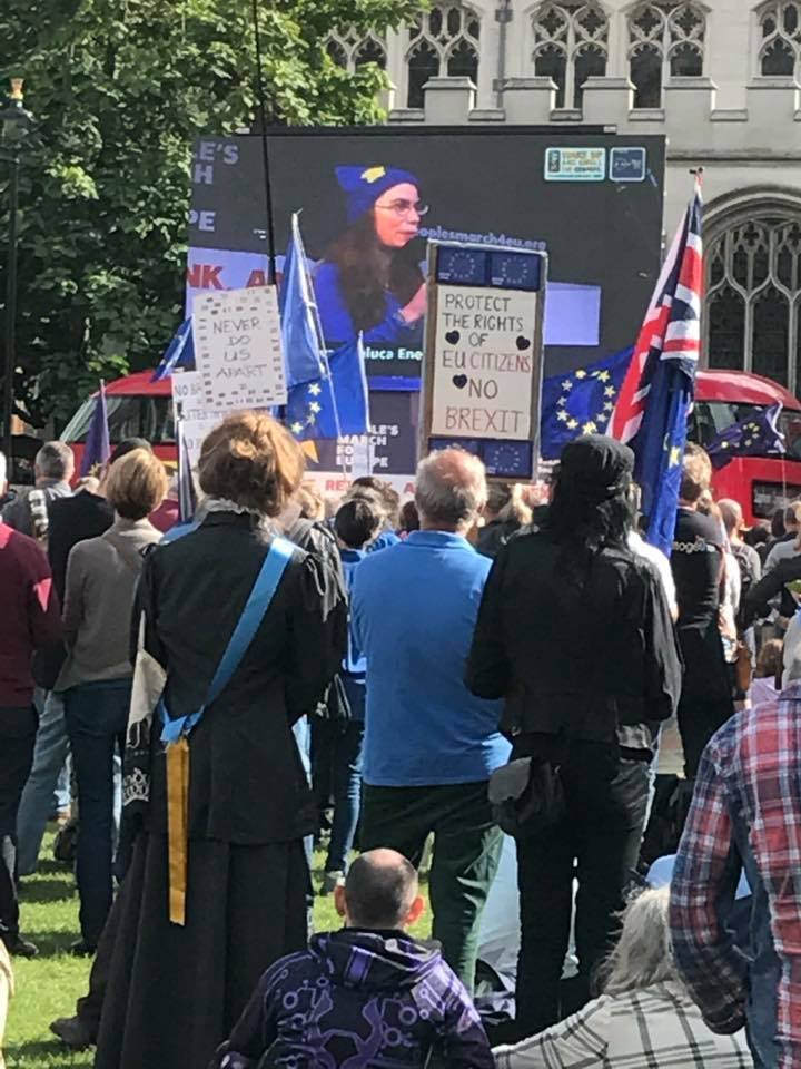 Unite We Save! Raluca Enescu addressing the People's March for EU, 9 Sep. 2017, London